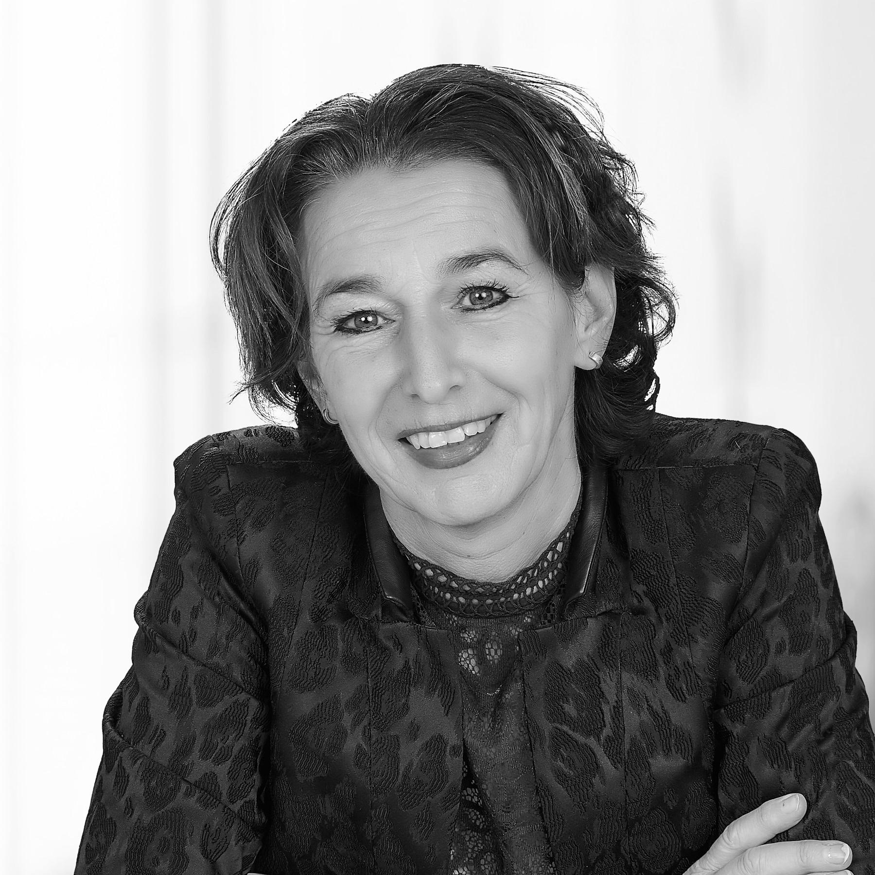 Karin Teeuwen